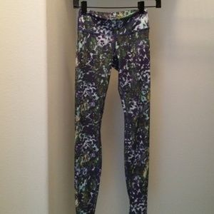 Lululemon leggings sz2 Multi-colour spandex